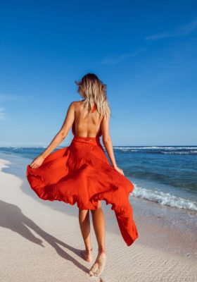 Beach Vacation Outfit Ideas for Summer 2020