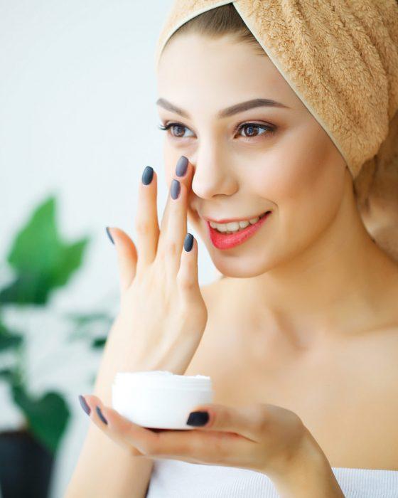 The Best Moisturizer for Women's Dry Skin